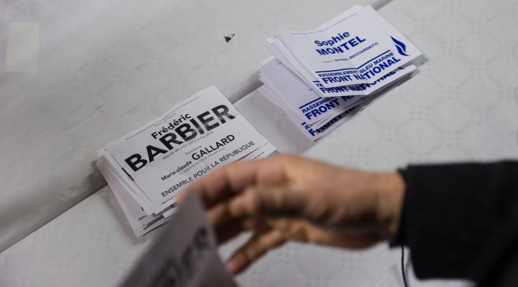 Le candidat PS a décidé de ne pas mettre de logo sur son bulletin de vote pour le deuxième tour.