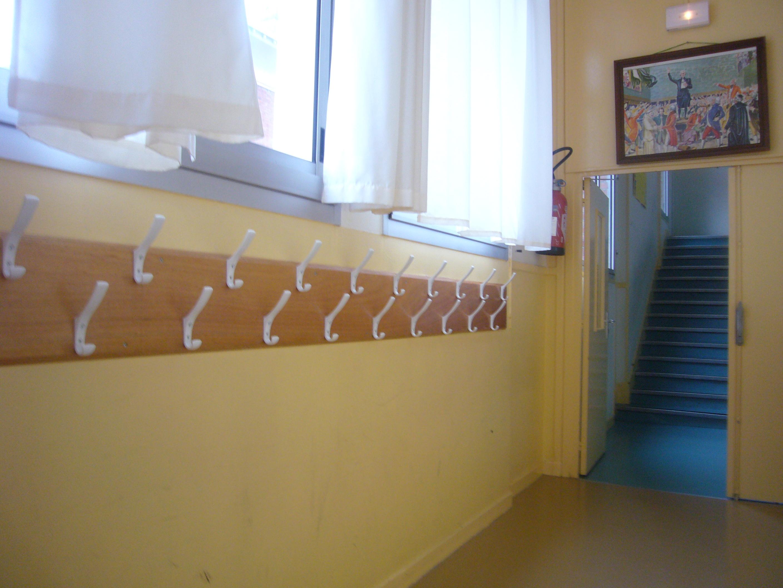 Couloir école primaire (Petit_Louis / Creative commons )