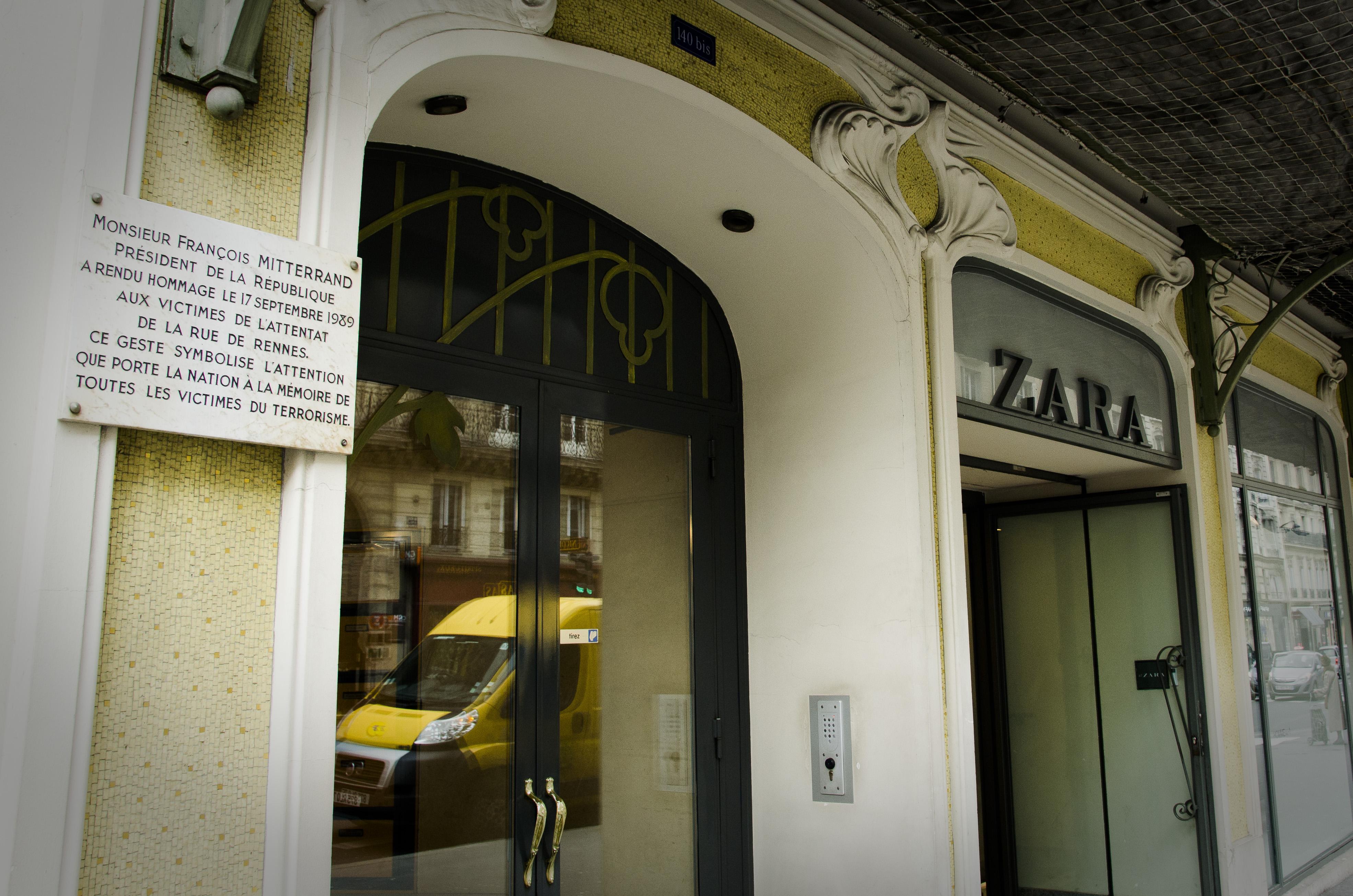 Le 104 bis de la rue de Rennes en 2015. Le magasin Tati a été remplacé au début des années 2000 par l'enseigne Zara (Florian Maussion / 3millions7)