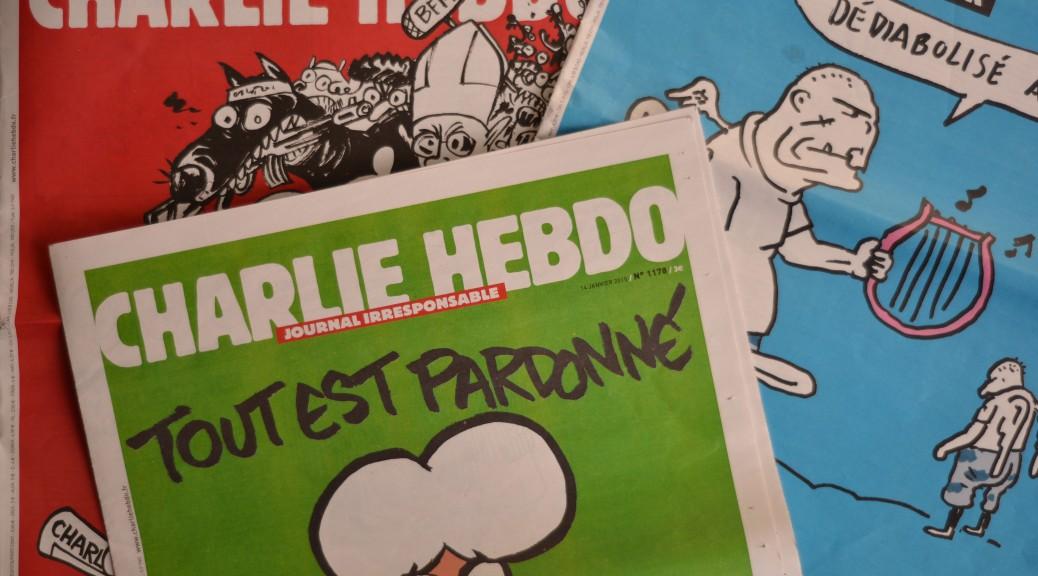 Les Unes des trois Charlie Hebdo publiés depuis les attentats