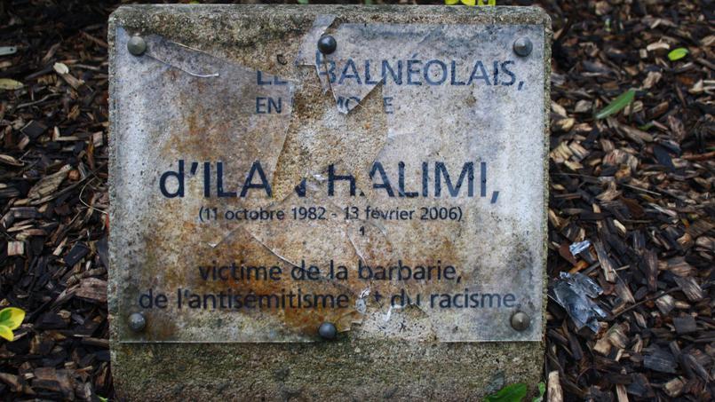 La plaque en hommage à Ilan Halimi a été retrouvée brisée dimanche par un promeneur qui a averti la mairie de Bagneux.
